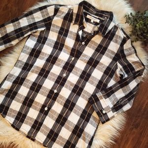 Foxcroft Crinkle Plaid Button Up
